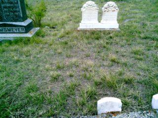 Oscar Hermsmeyer grave marker image